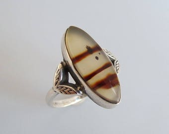 Agate Ring, Vintage Art Deco Ring, Sterling Silver Agate Ring, Ladies Marquis Shaped Agate Stone Ring Size 7.75, Antique Ring