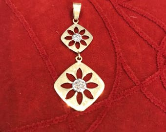 10KT Yellow & White Gold Articulated Double Flower Pendant - Stamped 10KT