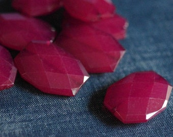 CLOSEOUT - 34x24mm Large Translucent Faceted Acrylic Flat Nugget Beads - Cranberry Red - Chunky Red Bead, Large Faceted Flat Nugget