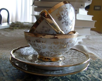 Cups: a tea for two