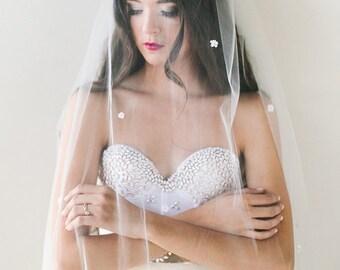 Poppy Silk flower bridal veil, elbow length, fingertip tulle veil, bridal comb, boho glam bride, chapel train veil, bohemian veil, bohemian