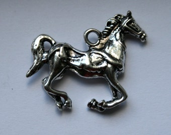2 3D Antique Silver Galloping Horse Charms/Pendants