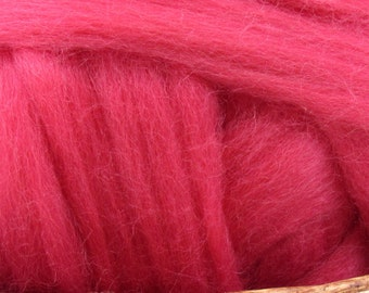 Dyed Corriedale Wool Top Roving Natural Spinning & Felting Fiber / 1oz - Rose