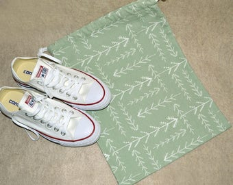 Green Arrow Drawstring Travel Shoe Bag