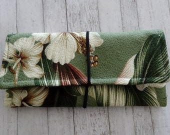 Cord Organizer, Travel Organizer, Cord Wrap, Green Bark Cloth Floral Fabric Cord Case, Cord Case, Travel Gift, Tablet Cord Storage, Tropical