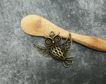 1 pc, OWL pendant antique bronze color metal, 38 mm brass bird