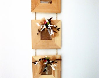 trio of frames in blond wood, roses, ribbons: country memories