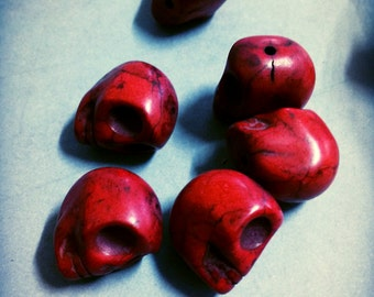 Skull Beads Red Skull Beads Howlite Beads Turquoise Beads Large Skull Beads 18mm Beads Big Beads Focal Beads Wholesale Beads 10 pieces