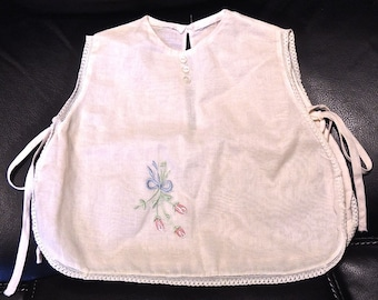 Vintage PINAFORE  for Baby 1950s-60s Embroidered
