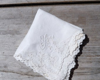 Vintage Antique 1900s French Victorian Edwardian handmade withe cotton embroidered handkerchief