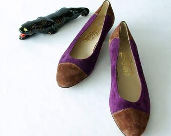 purple suede ferragamo shoes | size 7.5 cap toe pump | vintage ferragamo color block shoes | 1211073