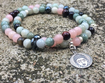 Sublime bracelet Opal natural stones and Jade from Burma.