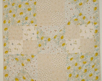 Daisy Baby Quilt