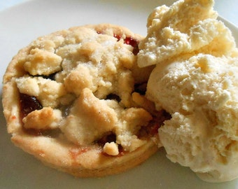 SHORTBREAD STRAWBERRY Pies, Individual Size, Organic Berries, Dinner Parties Teas, Picnics 6