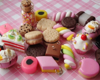 24 Candy Charms
