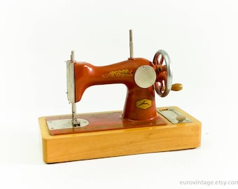 Vintage Sewing Machine Toy Red / Wood Metal / Russian 60s 70s