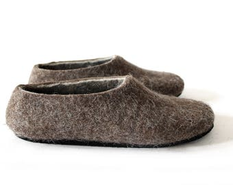 Handmade Slipper Felted Wool Slippers, Women house shoes for Men with Rubber Soles, Felt Organic Hygge Home, Brown Gray comfy slippers