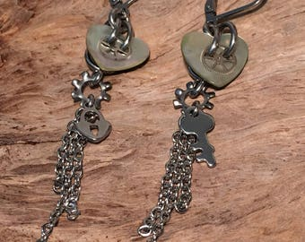 Natural Mother of Pearl Key to My Heart Tassel Earring, Stainless Steel, Timeless, Steampunk