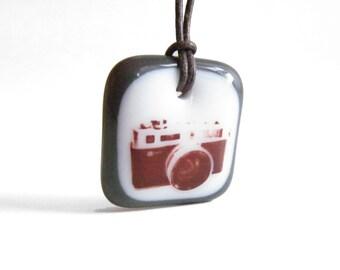 35mm Camera Necklace - Retro Film Photo Camera Jewelry - photography necklace - film camera jewelry - photographer gift - film buff
