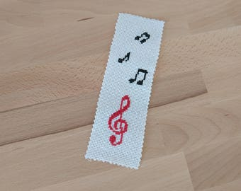 Embroidered bookmark - musical Notes