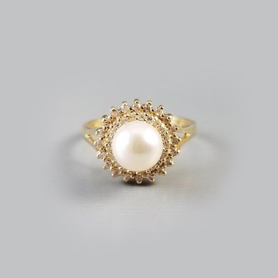 Modern estate 14k gold genuine 7mm cultured pearl and fourty diamond halo ring, size 6-3/4, bridal, cocktail ring