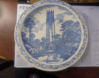 Vernon Kilns, collectors plate blue and white, vintage