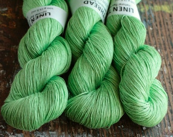 Linen yarn - 5-ply - Light Fingering  --  grass green