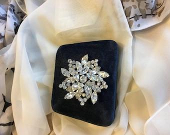 Vintage Weiss Rhinestone Cluster Brooch