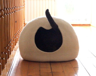 White cat bed - cat cave - unique gift - felted wool cat house - handmade cat bed from natural wool - made to order - gift for cat