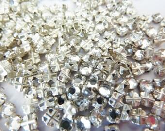 100 vintage sew on rhinestones, Ø3mm, crystal, round