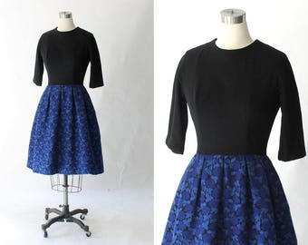 1960s Jacquard Wool Tapestry Dress // Vintage 60's Full Skirt Floral Party Dress // Miss Elliette - California  // Small