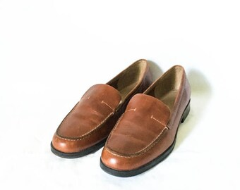 Leather loafers size 6M - Brown leather loafers - Naturalizer brown loafers - Size 6M loafers - Casual leather loafers - Women's 6 shoes