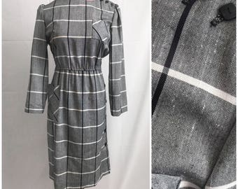 Navy and white large plaid tartan long sleeve winter day dress with side buttons size large