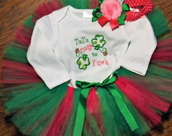 Girl St. Patrick's Day outfit,Baby girl first St. Patrick's Day,1st St. Patrick's,4 leaf clover bodysuit,Green tutu,Pink tutu,Headband