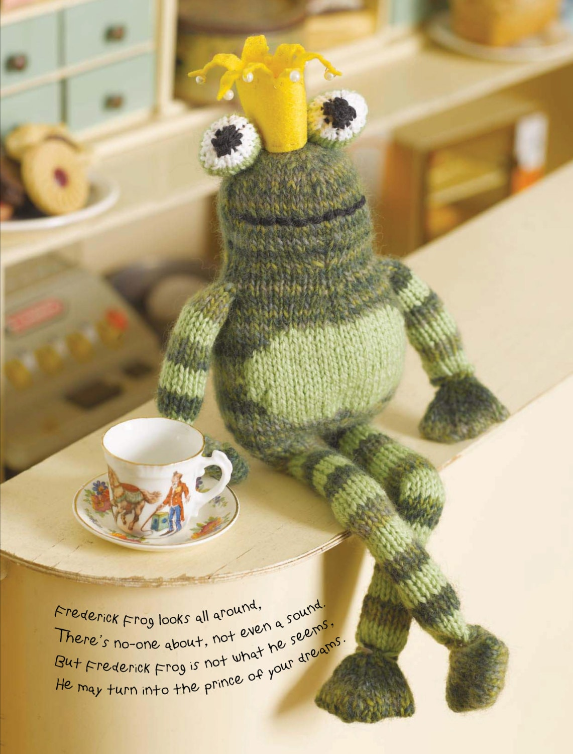 Frederick the Frog Prince Toy Knitting Pattern Download