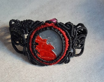 Red and black macrame bracelet