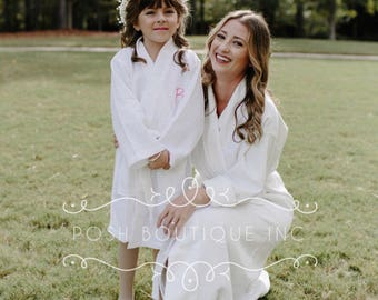 Kids monogrammed Robe, Kids Waffle Robe, Personalized Robe for kids, Spa party robe, flower girls robe, Mother Daughter Spa Robes