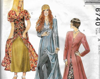 McCall's 6740      Misses Dress and Slip     Size 6,8,10      Uncut