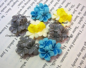 Set Of Six Three Flowers Resin Cabochons/Flower Resin Cabochons/
