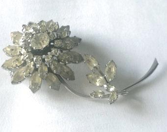 Large vintage 1960s brooch - diamante flower - statement piece or bridal