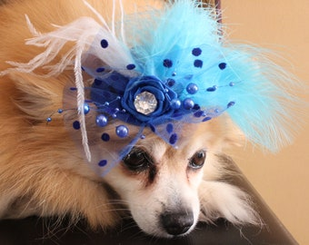 Blue color   mini  hat with   feather and   flowers for dog or cat