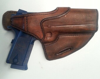 Quick Draw Leather Holster Lined with Black Suede (Right Handed)