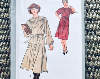 Simplicity #8665 Size 18.5 Vintage 1970's Sewing Pattern Misses Dress or Two-Piece Dress Tie Belt softly gathered w raglan sleeve UNCUT NEW