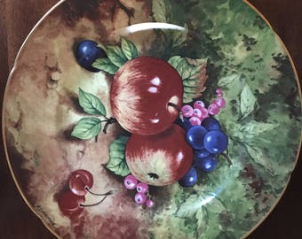 "Limoges - Rochard - Heritage -  Still Life -  10"" plate  - Red Apples"