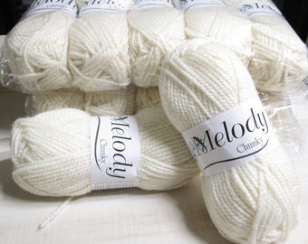 Oxford Melody Chunky Yarn in Natural