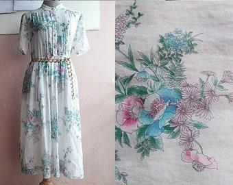 M - 70s Floral Shirt Dress - Cotton Day Dress - Spring Summer Dress - Floral Bouquet Print - Medium