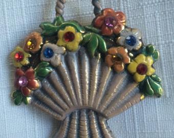 Flower PIn,Basket Pin,Enamel Brooch,Flower Brooch,Enamel Flower Pin,Old Lady Brooch,Flower Basket Pin,Flower Basket Brooch,Old Lady PIn