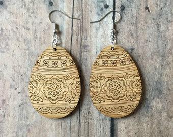 Bamboo Easter egg earrings