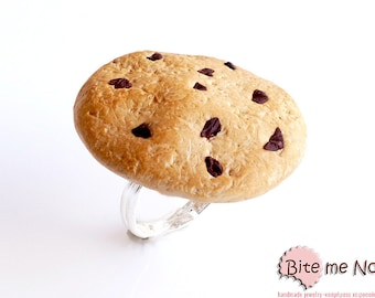 SCENTED Chocolate Chip Cookie Ring, Biscuit Ring, Miniature Food, Polymer Clay Sweets, Mini Food, Kawaii Jewelry, Foodie Gift