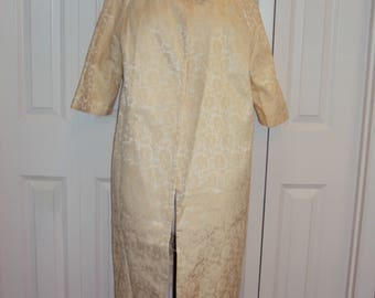 1950s Custom Made Womens Buttercream Yellow/Ivory Lined Brocade / Formal/ Bridal/ Prom/Bridesmaid Swing Coat/ Spring/Fall Coat Size S-M